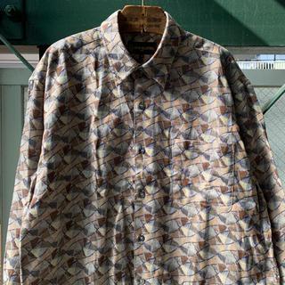 アートヴィンテージ(ART VINTAGE)の90s 古着 総柄シャツ コットンシャツ 長袖 アートシャツ レトロシャツ(シャツ)