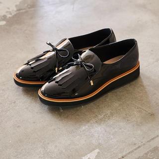 オゥバニスター(AU BANNISTER)のAu BANNISTER キルトオペラシューズ(ローファー/革靴)