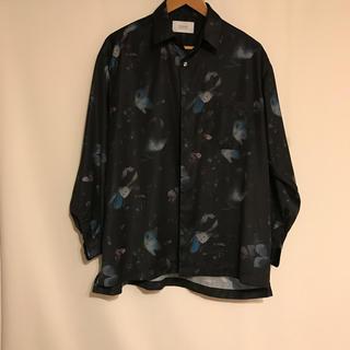 ステュディオス(STUDIOUS)の【STUDIOUS】ダークフラワービッグシルエットシャツver.2(シャツ)