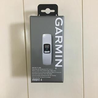 ガーミン(GARMIN)のガーミンGarmin vivofit4 白(その他)