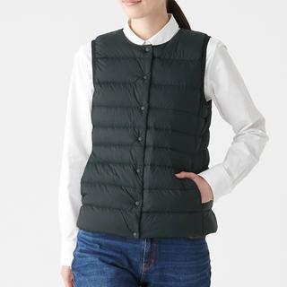 ムジルシリョウヒン(MUJI (無印良品))の無印良品 軽量オーストラリアダウンポケッタブルノーカラーベスト 婦人XL・黒(ダウンジャケット)