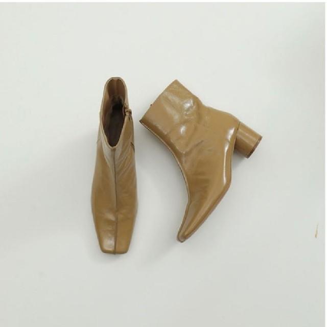 TODAYFUL(トゥデイフル)のTODAYFUL スクエアエナメルブーツ レディースの靴/シューズ(ブーツ)の商品写真