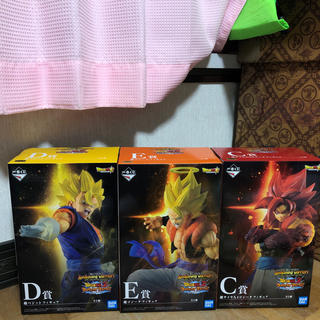 ドラゴンボール(ドラゴンボール)のドラゴンボール一番くじ C賞4ゴジータ D賞超ベジット E賞超ゴジータ(フィギュア)