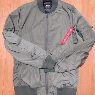 アルファインダストリーズ(ALPHA INDUSTRIES)のALPHAのMA1ジャケット(ブルゾン)