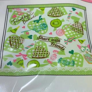 ジェラトーニ(ジェラトーニ)のジェラトーニ ハンドタオル 可愛い刺繍もこもこタオル 新品未使用 送料込み 即決(ハンカチ/バンダナ)