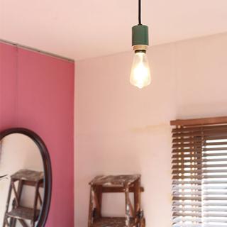 イデー(IDEE)のBRID GENERAL SOCKET E26_PORCELAIN 照明ソケット(天井照明)