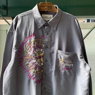 アートヴィンテージ(ART VINTAGE)の90s 刺繍シャツ 古着 レーヨンシャツ アシンメトリー オーバーサイズ 個性派(シャツ)