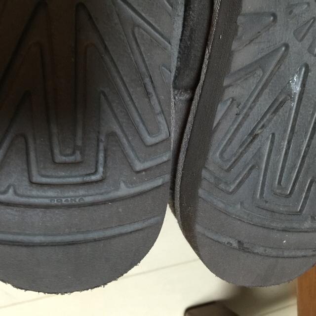 UGG(アグ)のUGG ブ–ツ キッズ/ベビー/マタニティのキッズ靴/シューズ(15cm~)(ブーツ)の商品写真