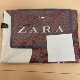 ザラ(ZARA)のZARA レジャーシート&服2点  猫様専用です。他の方のご購入は禁止です。(ノベルティグッズ)