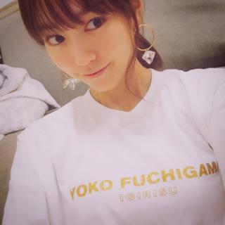 【Mサイズ】YOKO FUCHIGAMI ヨウコフチガミ ファッシン白Tシャツ(お笑い芸人)