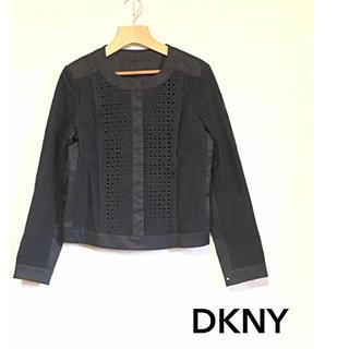 ダナキャランニューヨーク(DKNY)の【DKNY】ノーカラーレースジャケット 黒(ノーカラージャケット)