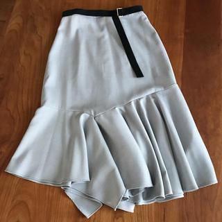 フレイアイディー(FRAY I.D)の【sophila】ベルト付きで裾のマーメイド加減がきれいなスカート(ひざ丈スカート)