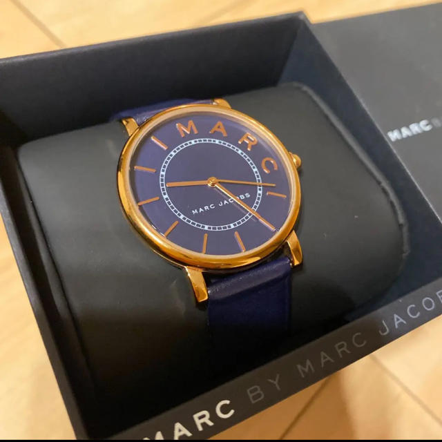 yahoo オークション 時計 偽物ヴィトン 、 MARC BY MARC JACOBS - マークジェイコブス MARC JACOBS 28mm 腕時計 レディースの通販