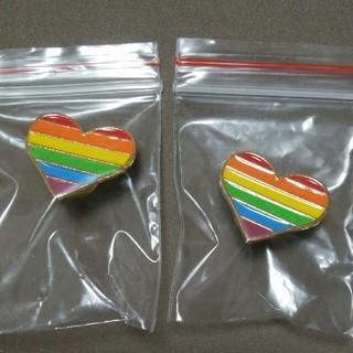 LGBT ピンバッジ ハート型 2個セット(バッジ/ピンバッジ)