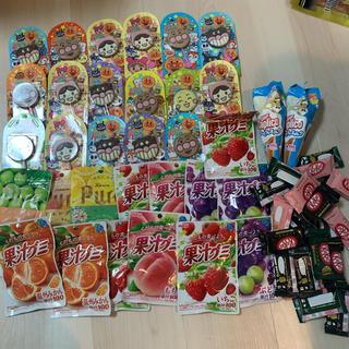 お菓子セット アンパンマンチョコ 果汁グミ キットカット(菓子/デザート)