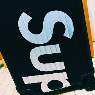 シュプリーム(Supreme)のsupreme rimowa シュプリーム リモワ レア(トラベルバッグ/スーツケース)