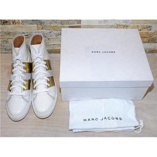マークジェイコブス(MARC JACOBS)のマークジェイコブス ハイカットレザースニーカー 白×ゴールド 27cm(スニーカー)