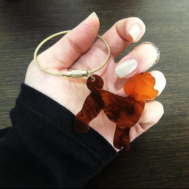 【送料無料】可愛い「トイプードル・べっ甲調」をモチーフのバッグチャーム・動物 ハンドメイドのファッション小物(バッグチャーム)の商品写真