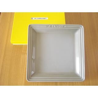 ルクルーゼ(LE CREUSET)のルクルーゼ オリエンタル スクエアプレート L■ミストグレー 角皿(食器)