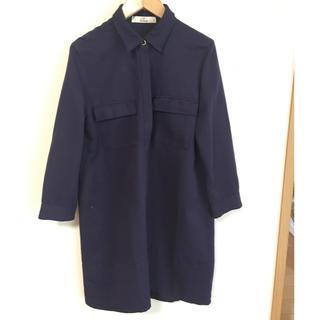 イッカ(ikka)のネイビーシャツ風ワンピース(ひざ丈ワンピース)