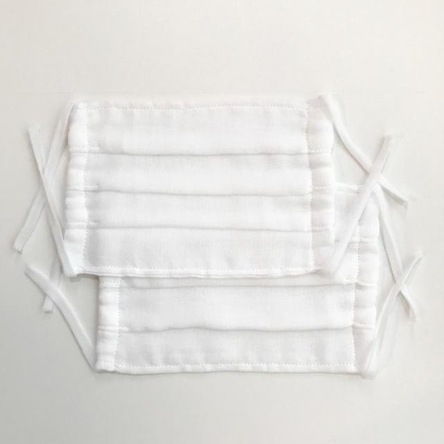 マスク個包装日本製 | マスク 2枚 ハンドメイド 日本製 ガーゼ プリーツ 洗って繰り返し使える 白の通販 by nijiirolop* 入園入学