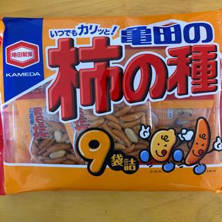 カメダセイカ(亀田製菓)の柿の種 ビックサイズ 9袋入り(菓子/デザート)