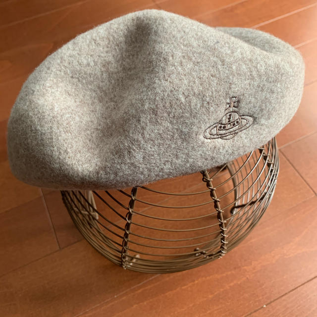Vivienne Westwood(ヴィヴィアンウエストウッド)の最終価格 vivienne westwood ベレー帽 レディースの帽子(ハンチング/ベレー帽)の商品写真
