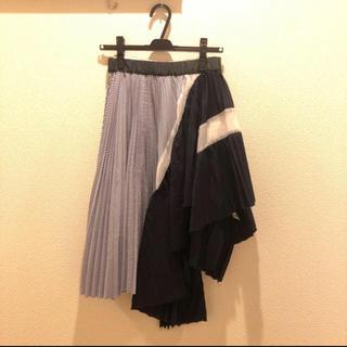 サカイ(sacai)のsacai アシンメトリースカート(ひざ丈スカート)