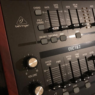 Deepmind 12D 2台 一台未登録(音源モジュール)