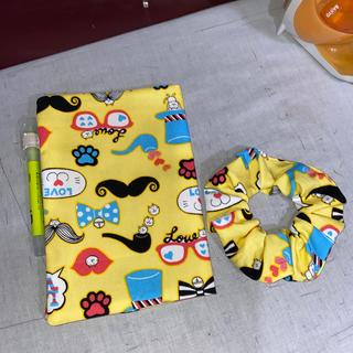 POP ネコちゃ イエロー 柄B6 手帳カバー&ローリーシュシュ(ブックカバー)