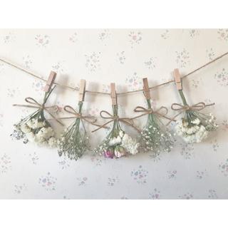 2種のピンクのバラとかすみ草のホワイトドライフラワーガーランド♡(ドライフラワー)