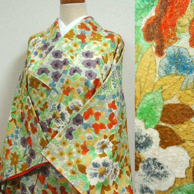クリーム色に賑わい草花 小紋 レディースの水着/浴衣(着物)の商品写真