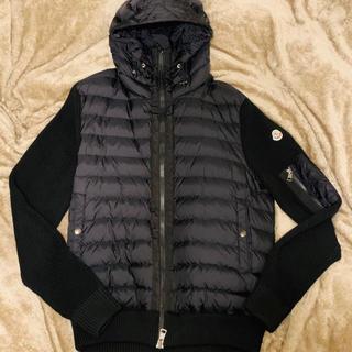 モンクレール(MONCLER)の専用 モンクレール パッド入りセーター(ニット/セーター)