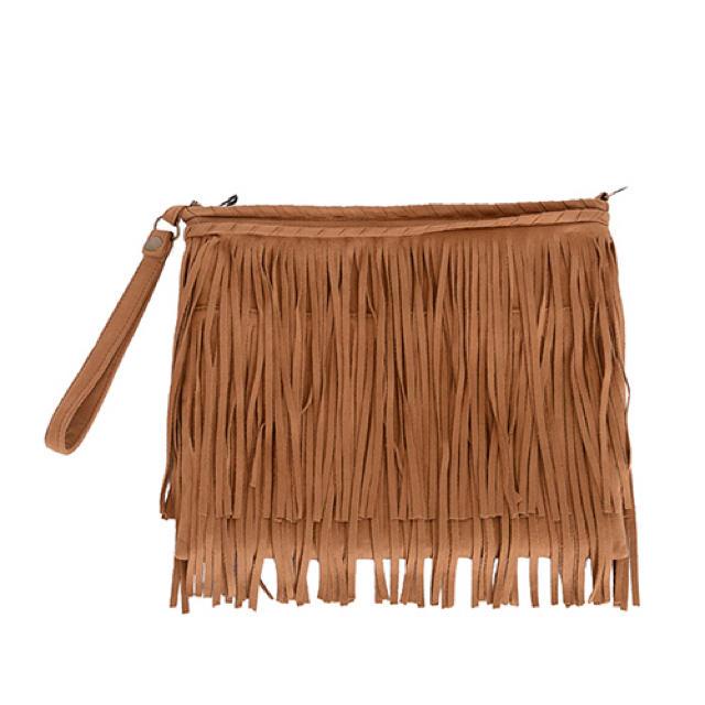 Ungrid(アングリッド)のUngridのフリンジクラッチバッグ レディースのバッグ(クラッチバッグ)の商品写真