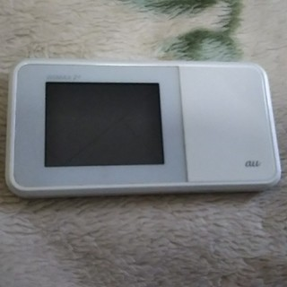 アイアイエムケー(iiMK)のポケットWi-Fiルーターau(PC周辺機器)