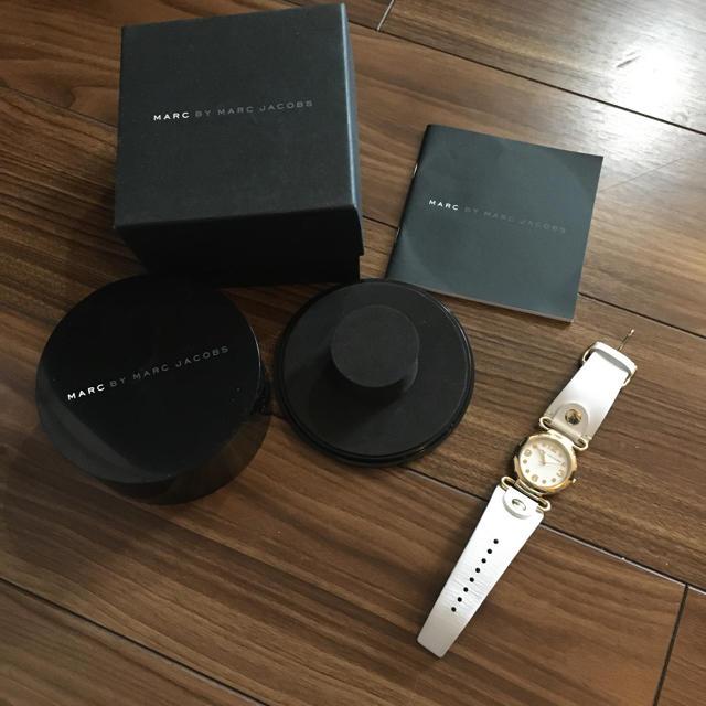 ランゲ&ゾーネ偽物 時計 比較 | MARC JACOBS - 電池交換済★マークジェイコブス  レザー ベルト 腕時計の通販