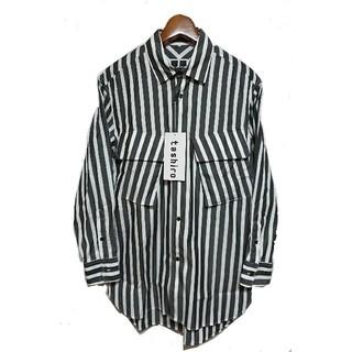 イッセイミヤケ(ISSEY MIYAKE)の定価28,080円 tashoro ビッグシルエットストライプシャツ Mサイズ(シャツ)