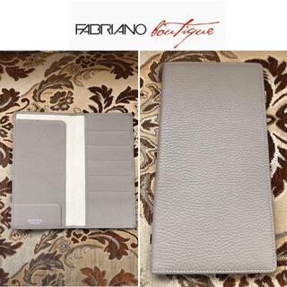 未使用 FABRIANO ファブリアーノ パスポートケース イタリア製(旅行用品)