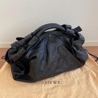 ロエベ(LOEWE)の美品 ロエベ   LOEWE ナッパアイレ ブラック(ハンドバッグ)