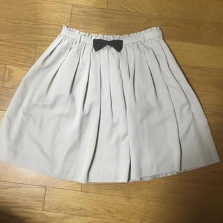 プーラフリーム(pour la frime)の美品★グレーふんわりスカート(ひざ丈スカート)