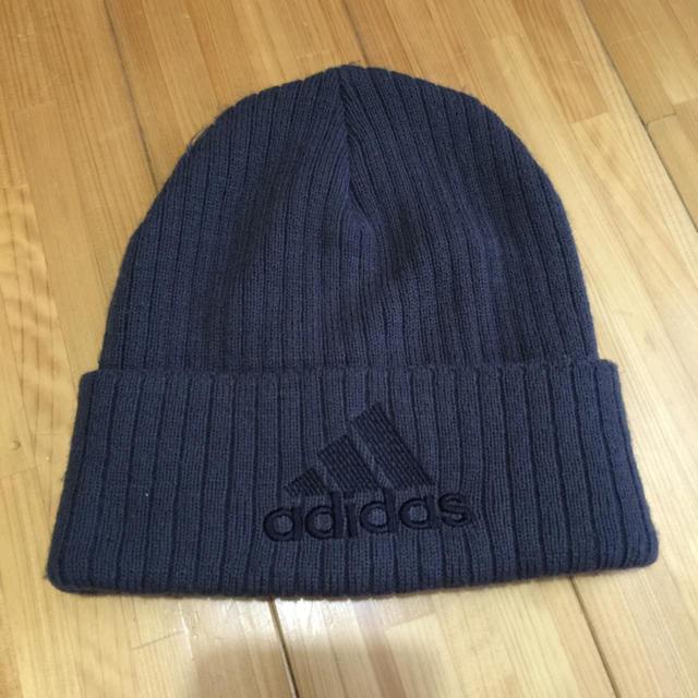 adidas(アディダス)のadidasニット帽 メンズの帽子(ニット帽/ビーニー)の商品写真