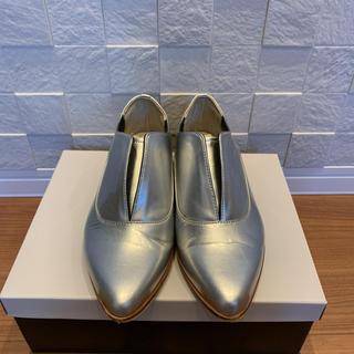 セヴントゥエルヴサーティ(VII XII XXX)の美品 セブントゥエルブサーティー ローファー(ローファー/革靴)