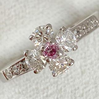 PT900 天然ピンクダイヤモンドと美しいホワイトダイヤのリング(リング(指輪))