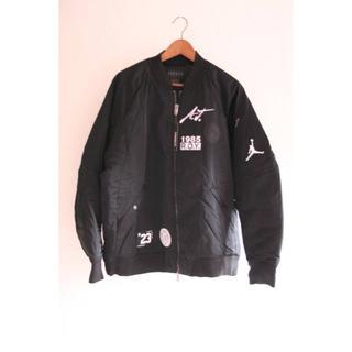ナイキ(NIKE)のサイズS ナイキ ジョーダン ボンバージャケット ブラック MA-1(スタジャン)