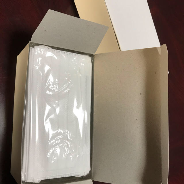 楽天 フェイス マスク - 医療用サージカルマスク(ふつうサイズ)20枚の通販 by ボル豚's shop