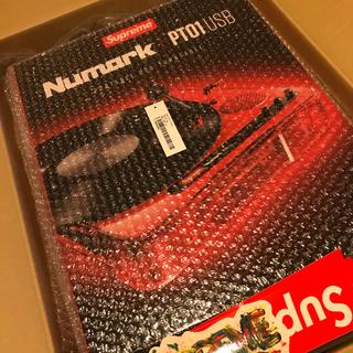 シュプリーム(Supreme)のSupreme Numark PT01 Portable Turntable (ターンテーブル)