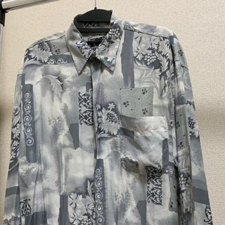 アートヴィンテージ(ART VINTAGE)のDesign shirt  総柄 VINTAGE 菅田将暉 古着 90s(シャツ)