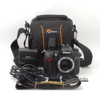 ニコン(Nikon)の★SDHCカード付属★高画質・高精細♪Nikon D7000 ボディ(デジタル一眼)
