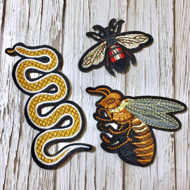 【アイロンワッペン】蛇と蜂のゴールドワッペン 3点セットの通販