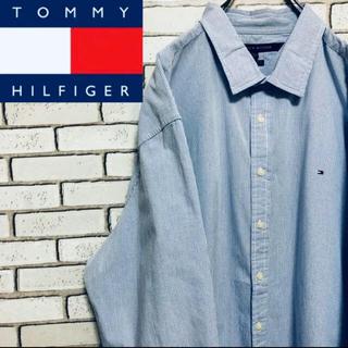 トミーヒルフィガー(TOMMY HILFIGER)の【レア】トミーヒルフィガー☆ フラッグ刺繍 ロゴ入りチェック柄ビッグシャツ(シャツ)